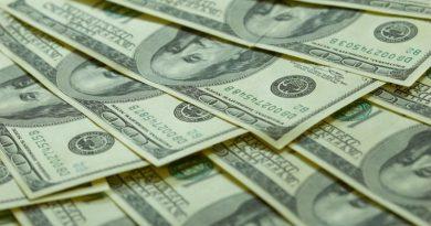 7 Money Earning Tips For Fresh Graduates